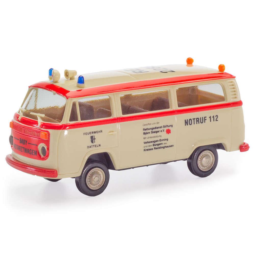 5ffbee82a0d9a6 VW T2 Kombi